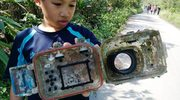 Podwodna odyseja aparatu fotograficznego. Właścicielka odzyskała go po 2,5 roku