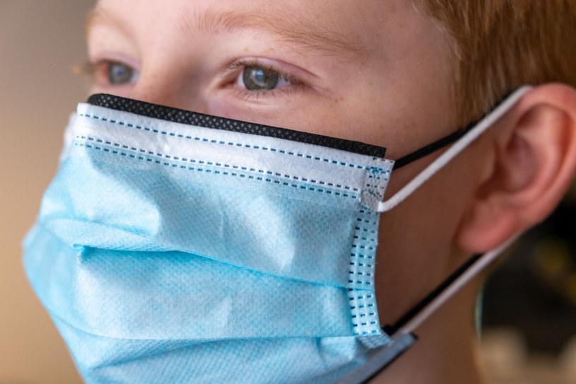 Podwójna maseczka może być lepszym zabezpieczeniem przed wirusem. Fot. Paweł Krawczyk /INTERIA.PL