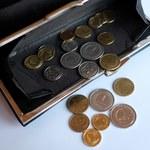 Podwyżka płacy minimalnej będzie mniejsza, niż planowano