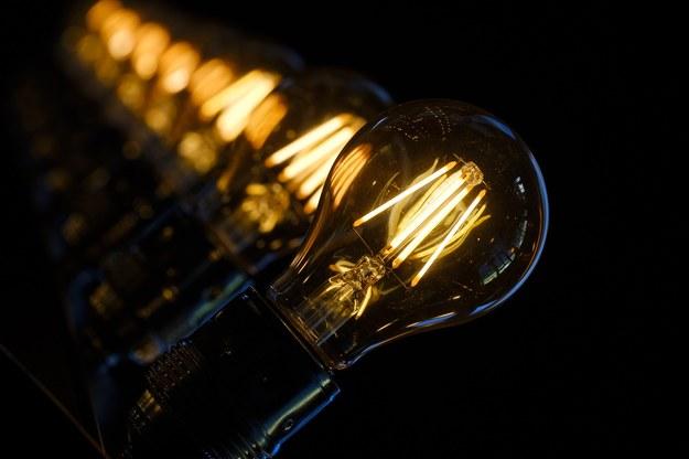 Podwyżki cen prądu: Zamiast systemu rekompensat - obniżka podatków