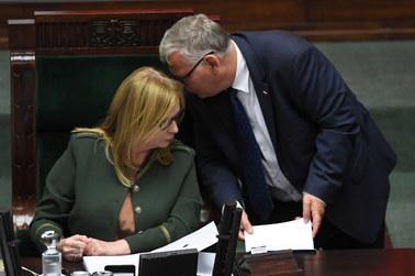 Podwyżki dla polityków. Sejm przyjął zmiany w prawie