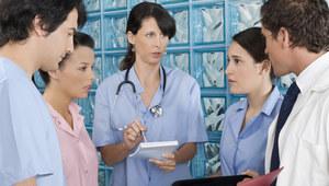 Podwyżki dzielą pielęgniarki. Czy resort zdrowia to zmieni?