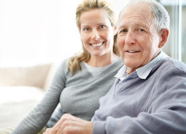 Podwyżki otrzymają na pewno emeryci i renciści /123RF/PICSEL