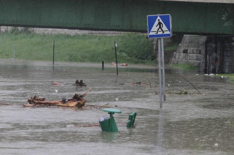 Podwyższony poziom Wisły w Krakowie /Jan Graczyński /East News