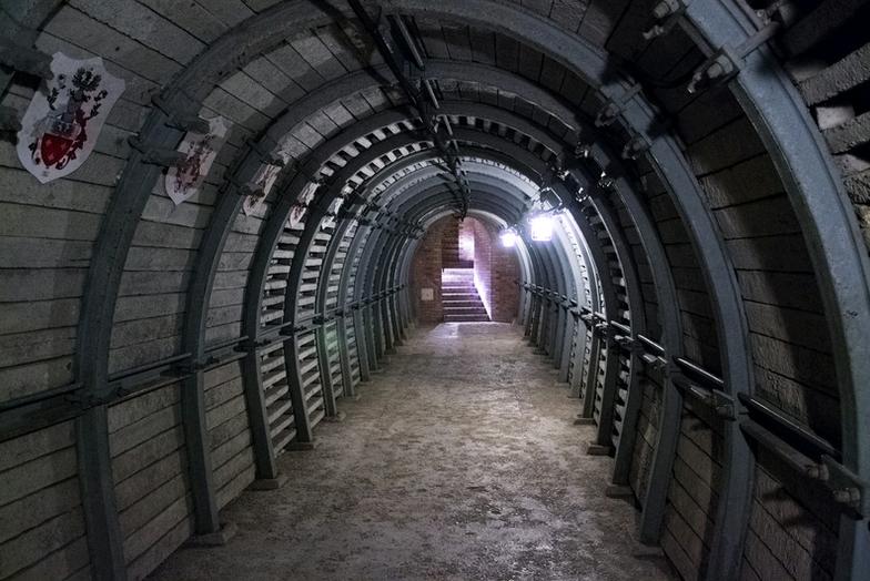 Podziemna trasa turystyczna w Sandomierzu /123RF/PICSEL