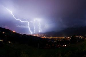 Pogoda na piątek. Mapa burzowa IMGW. Sprawdź, gdzie jest burza