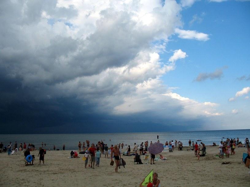 Pogoda nad Bałtykiem będzie zmienna /Tomasz Ćwik /Reporter