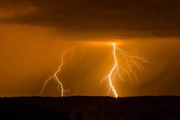 Pogoda nie rozpieszcza rolników. Straty będą duże /©123RF/PICSEL