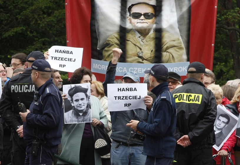 Pogrzeb gen. Wojciecha Jaruzelskiego na Powązkach /Stefan Maszewski /Reporter