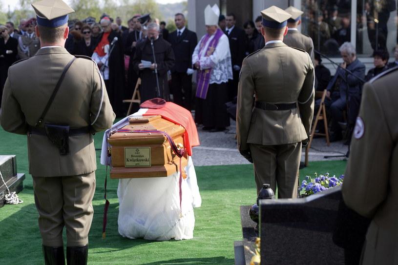 Pogrzeb generała Bronisława Kwiatkowskiego w 2010 r. /Piotr Tumidajski /Agencja FORUM
