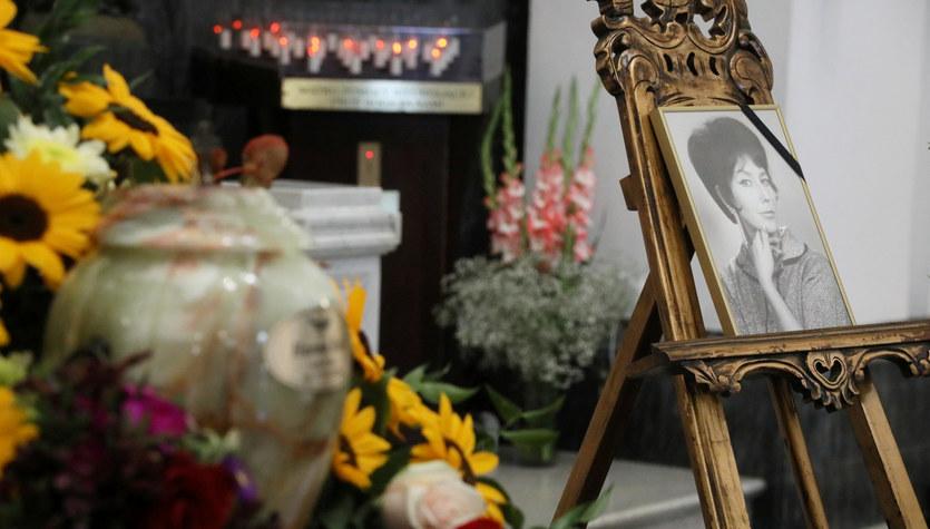 Pogrzeb Hanny Rek-Wyrobek. Piosenkarka spoczęła na Powązkach