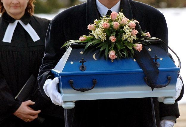 Pogrzeb jednego z dzieci, 23 marca 2006 /AFP