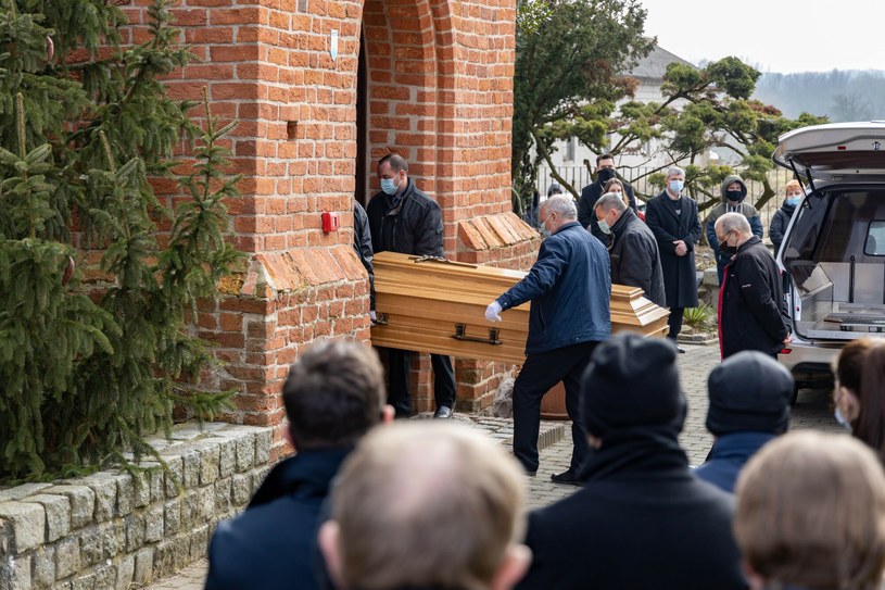 Pogrzeb ks. Andrzeja Dymera /Sebastian Nowik /Reporter