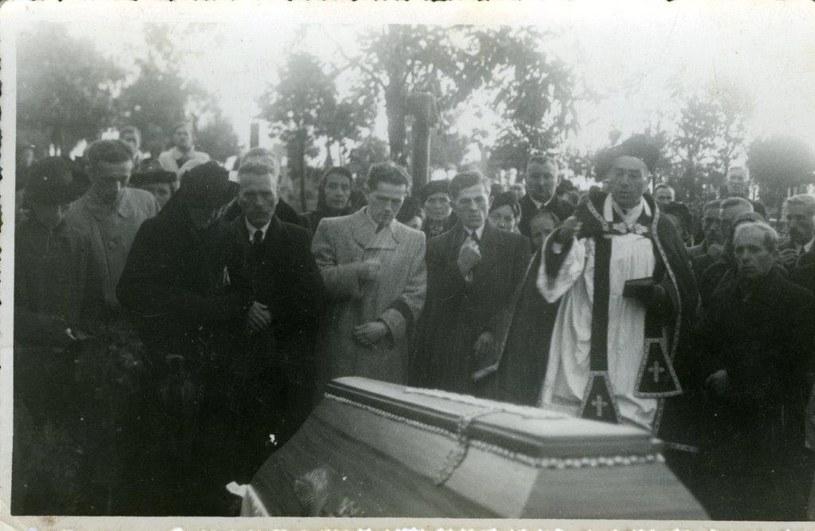 Pogrzeb matki pani Aliny Dąbrowskiej /archiwum prywatne