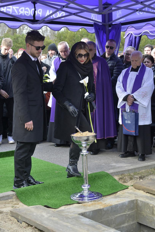Pogrzeb Pawła Królikowskiego /AKPA /AKPA