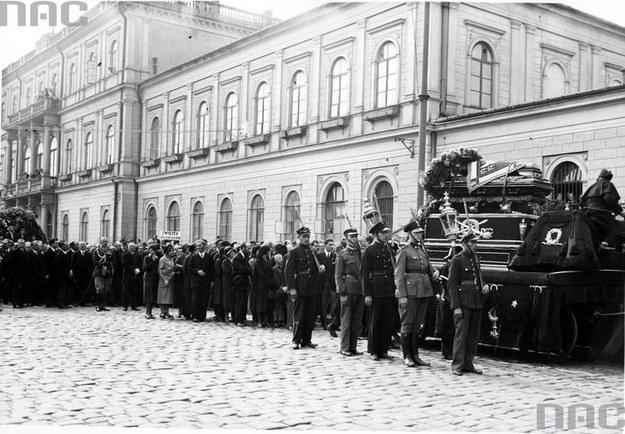 Pogrzeb posła Tadeusza Hołówki w Warszawie /Z archiwum Narodowego Archiwum Cyfrowego