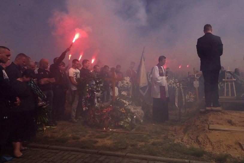 Pogrzeb zmarłego kibica /Dominik Gajda /Reporter