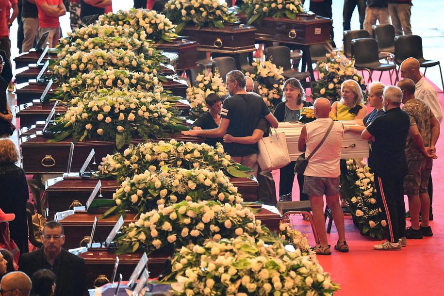 Pogrzeby ofiar tragedii w Genui /LUCA ZENNARO /PAP/EPA