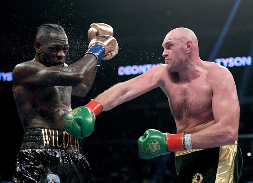 Pojedynek Tysona Fury'ego z Deontayem Wilderem w Los Angeles zakończył się remisem /AFP