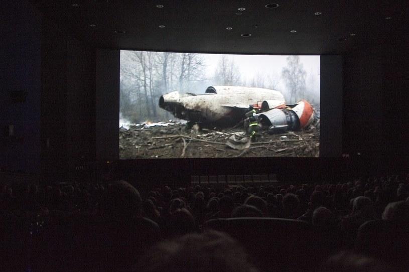 """Pokaz filmu """"Smoleńsk"""" /Wojciech Stróżyk /Reporter"""