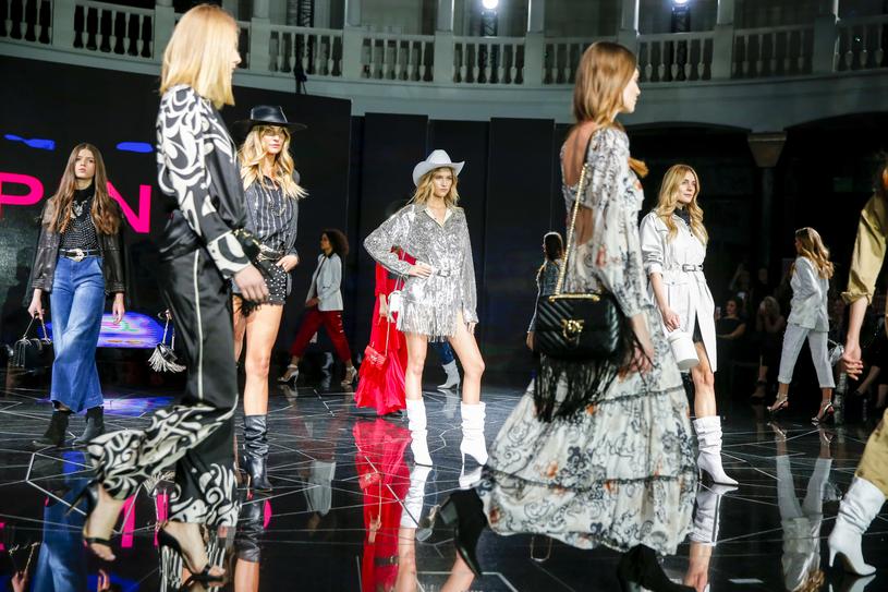 Pokaz kolekcji marki Pinko podczas gali Doskonałość Mody 2019 /Podlewski /AKPA