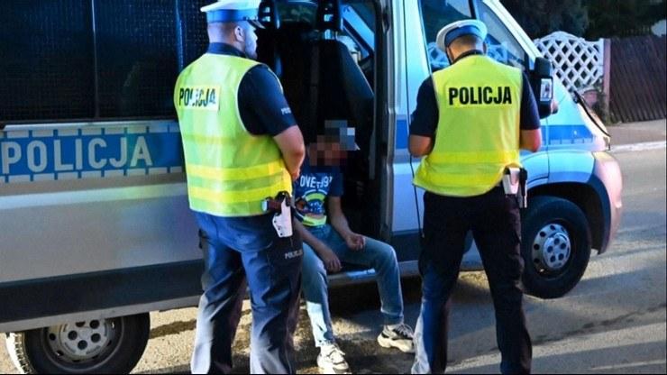 Póki co nie wiadomo, który z mężczyzn siedział za kierownicą samochodu /Polsat News