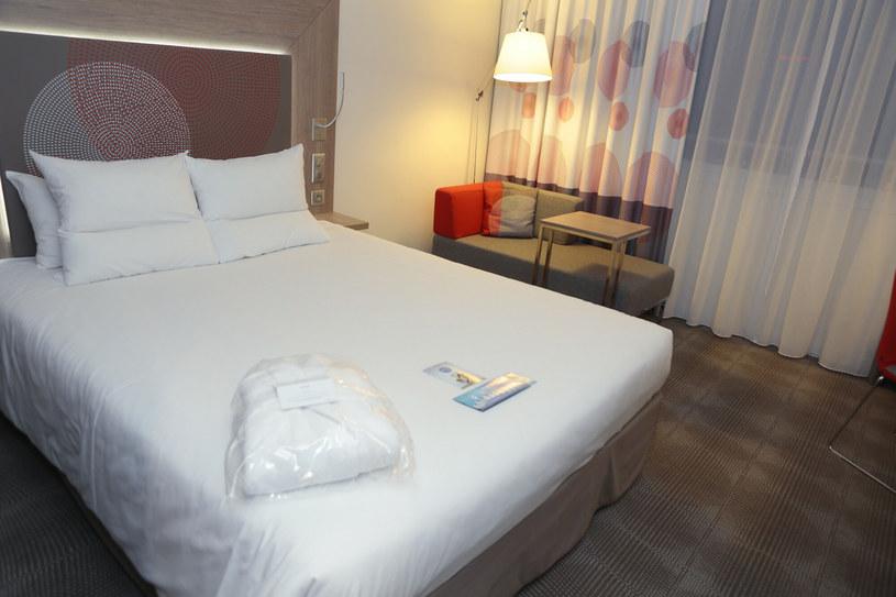 Hotel room, photo illustrator / Adam Jankowski / REPORTER / Reporter