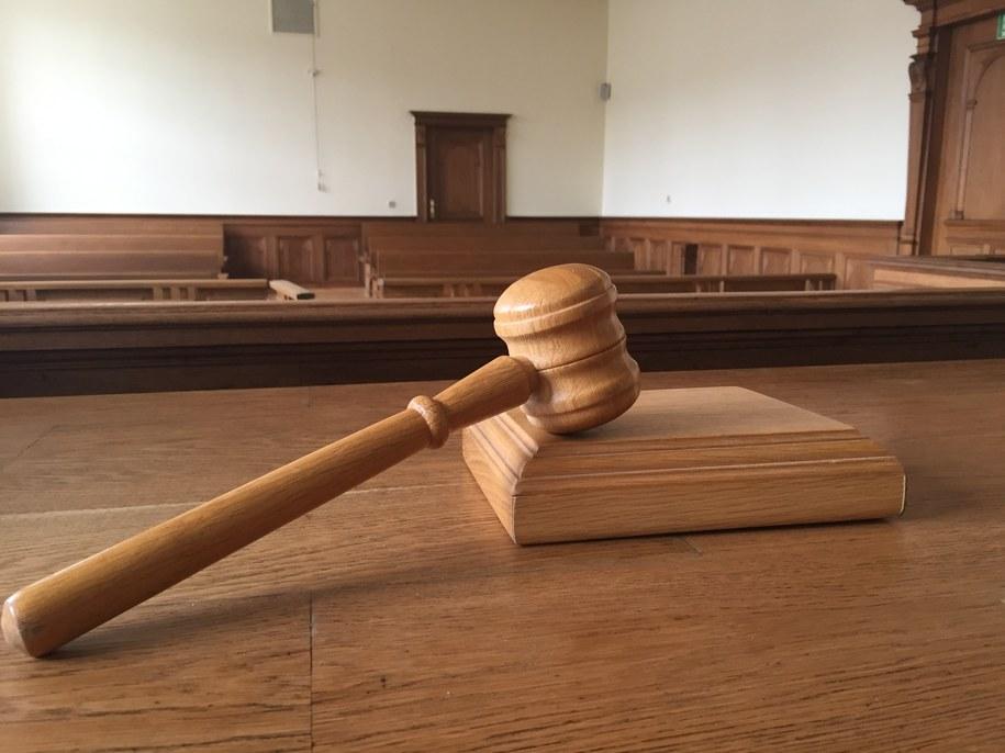 Pokrzywdzeni przez parabank Pożyczka Gotówkowa muszą skontaktować się z sądem /Kuba Kaługa /RMF FM