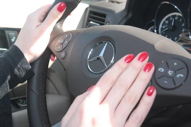 Pokutuje od kilku dziesięcioleci opinia, że kobiety są gorszymi kierowcami /INTERIA.PL