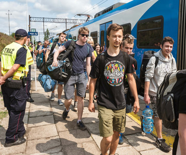 Pol'and'Rock Festival 2021 z pozytywną opinią policji. Będą dodatkowe pociągi do Makowic-Płotów [DOJAZD, PROGRAM, KTO WYSTĄPI]