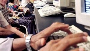 Pół miliona znalazło pracę przez Internet