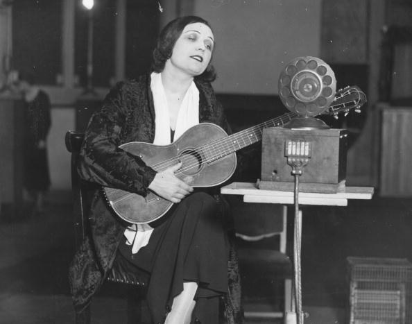 Pola Negri /Getty Images