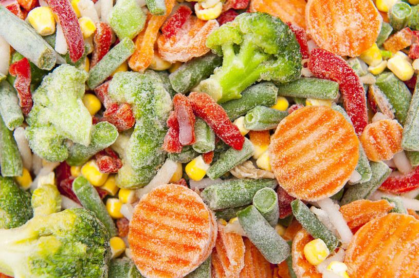 Polacy chętnie kupują mrożone warzywa /123RF/PICSEL