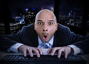 Polacy chętnie oglądają porno w pracy
