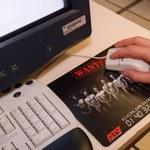 Polacy chętniej wybierają internet w komputerze niż w komórce