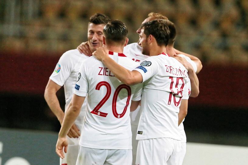 Polacy cieszyli się z gola, choć nie byli pewni, kto go strzelił /PAP/Andrzej Lange /PAP