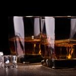 Polacy coraz częściej kupują whisky. Dwucyfrowe wzrosty w skali roku