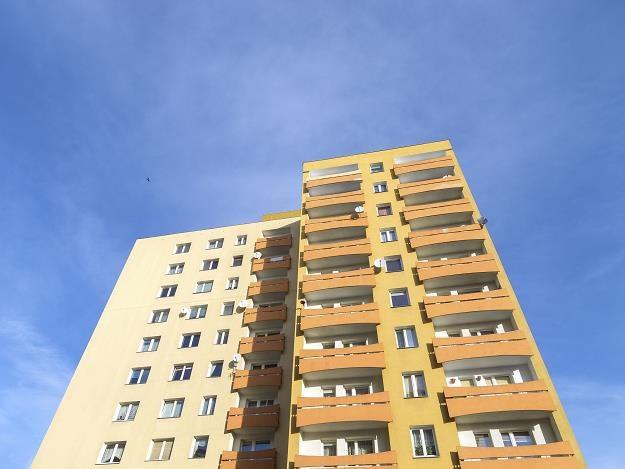Polacy częściej kupują mieszkania z rynku wtórnego i do 60 m kw. /©123RF/PICSEL