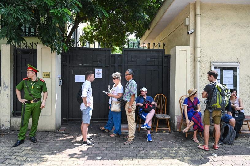 Polacy głosujący w Hanoi  w Wietnamie /PAP/Paweł Skraba /PAP