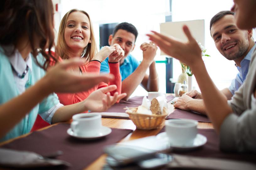 Polacy lubią pić kawę /123RF/PICSEL