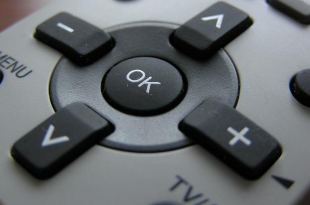 Polacy najczęściej korzystają z telewizji satelitarnej lub z kablówki Fot. Miroslav Saricka /stock.xchng
