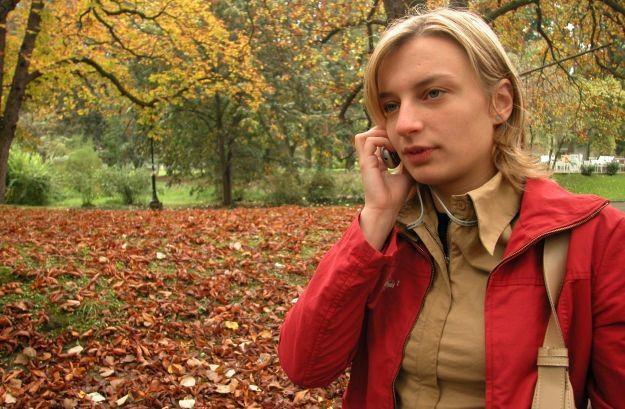 Polacy nie potrafią już żyć bez telefonu komórkowego  fot. VJ /stock.xchng