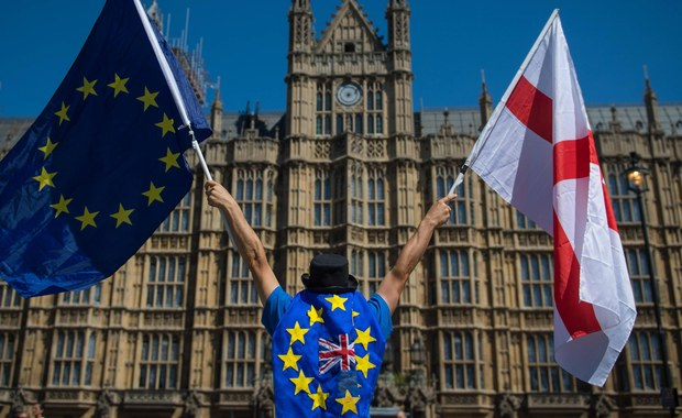 Polacy ociągają się z zabezpieczeniem swoich praw po brexicie