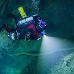 Polacy odkryli najgłębszą podwodną jaskinię świata