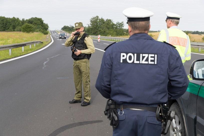 Polacy odwołują patrole w regionie przygranicznym /Robert Stachnik /Reporter