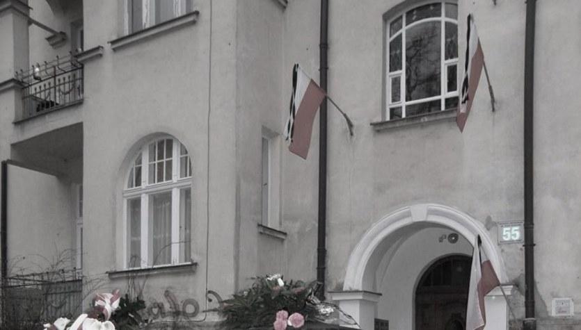 Polacy opłakują ofiary katastrofy