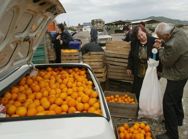 Polacy padają ofiarą naciągaczy /AFP