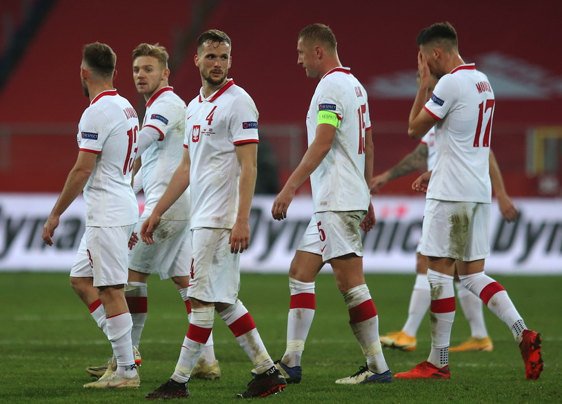 Polacy po skończonym meczu grupy A1 piłkarskiej Ligi Narodów z Holandią / Andrzej Grygiel    /PAP