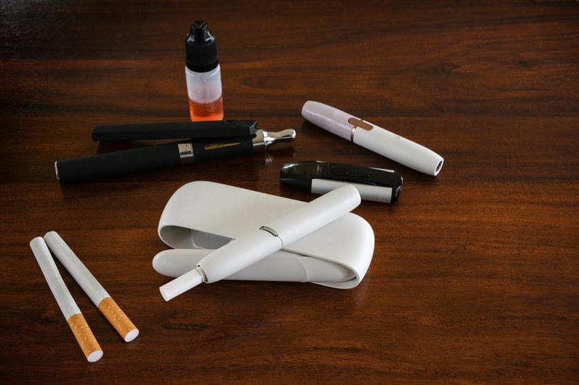 Polacy postrzegają podgrzewacze tytoniu jako zamiennik papierosa. /123RF/PICSEL