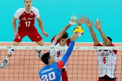 Polacy przegrali mecz inauguracyjny z Serbami